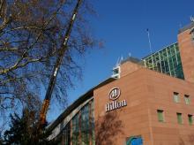 Hilton-07