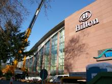 Hilton-01